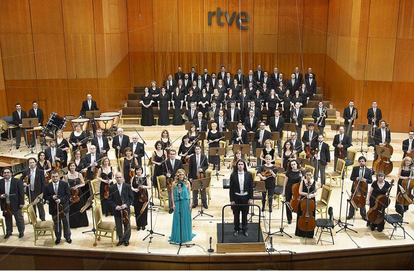 Edurne grava com a Orquestra Sinfônica e o Coro da RTVE
