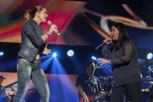 Lucero e Ana Gabriel ensaiam para os Prêmios Billboard