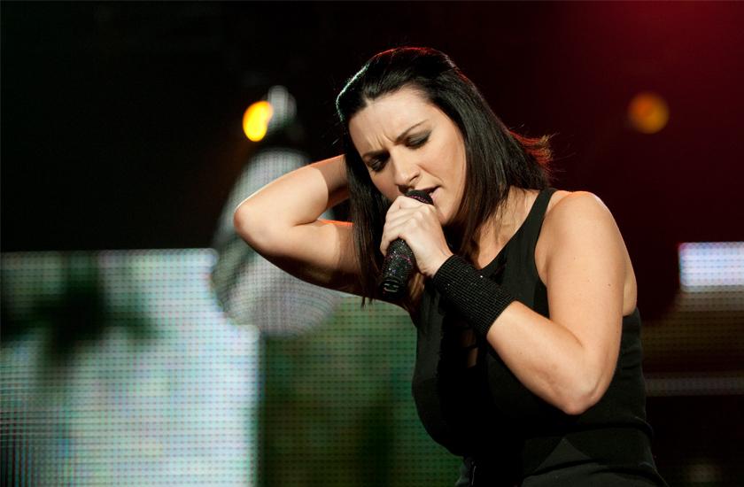 Laura Pausini lança novo disco, Simili, ainda em 2015
