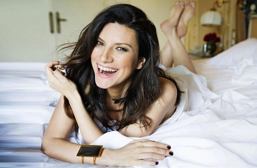 Simili, o novo disco de Laura Pausini, já é sucesso no Brasil