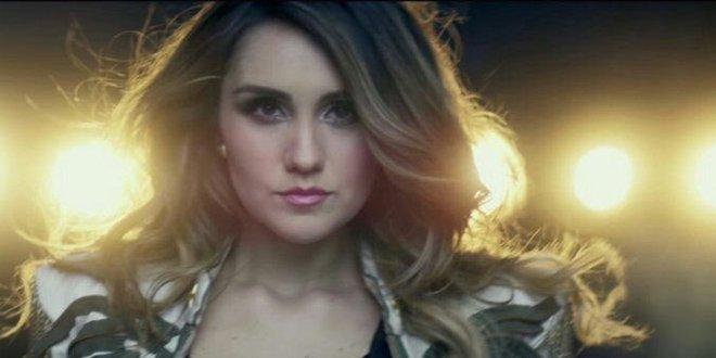 Dulce Maria lançou o videoclipe de Volvamos com Joey Montana