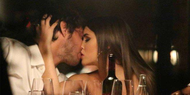Lali Espósito e o namorado Santiago Mocorrea em Buenos Aires