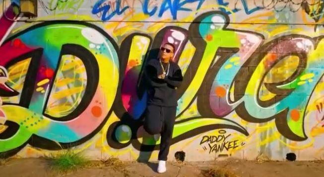Daddy Yankee surpreende com Dura