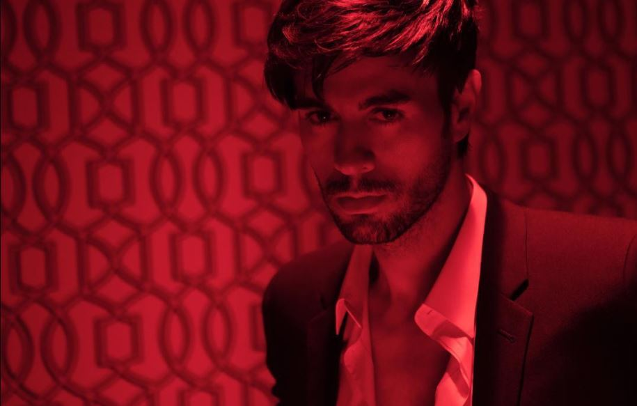 El Baño é o novo single de Enrique Iglesias