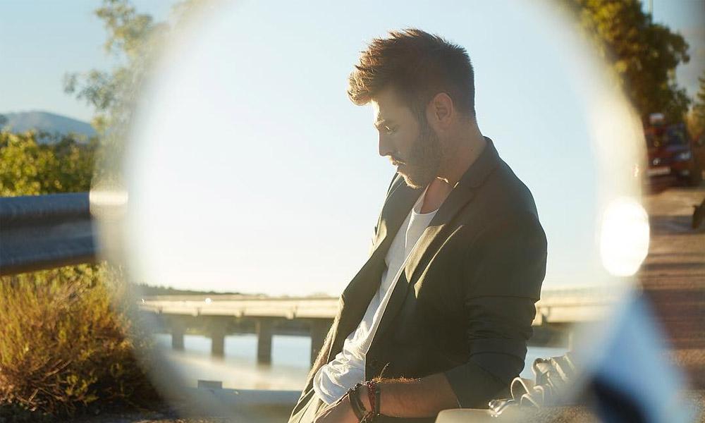 Me Olvidé é o novo single do vencedor do La Voz Esoanha, Antonio José