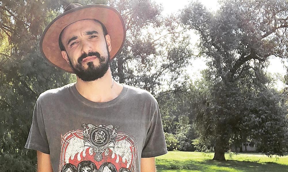 El Adivino antecipa o novo projeto ao vivo de Abel Pintos