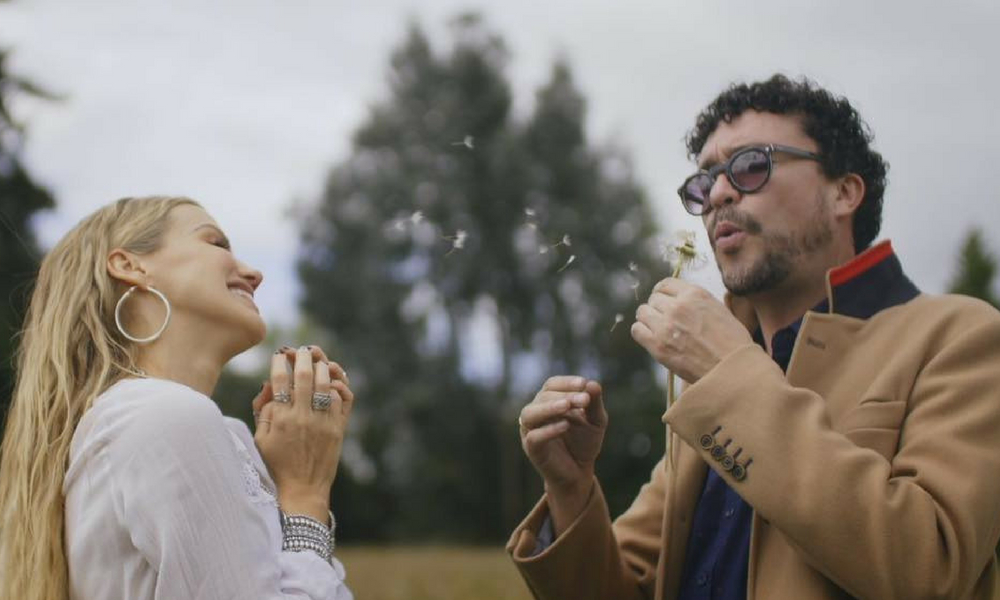 Amor Verdadero é a música que uniu os colombiano Fanny Lu e Andrés Cepeda