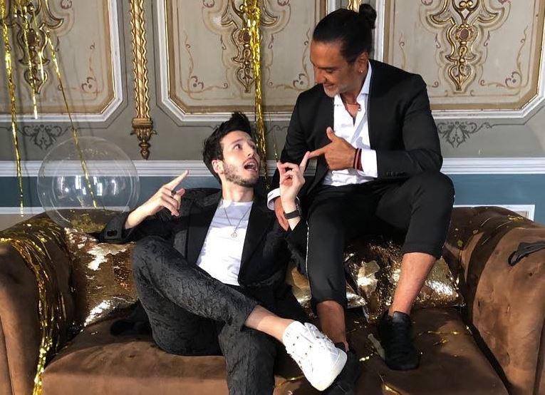 Contigo Siempre é o dueto de Alejandro Fernández e Sebastián Yatra