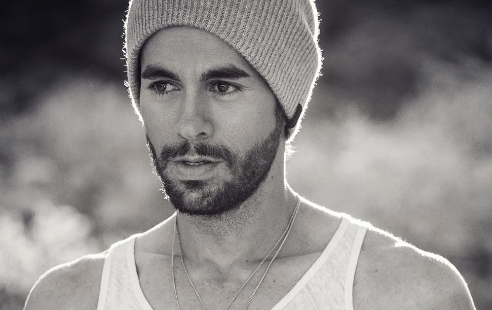 Enrique Iglesias voltou para a Universal Music