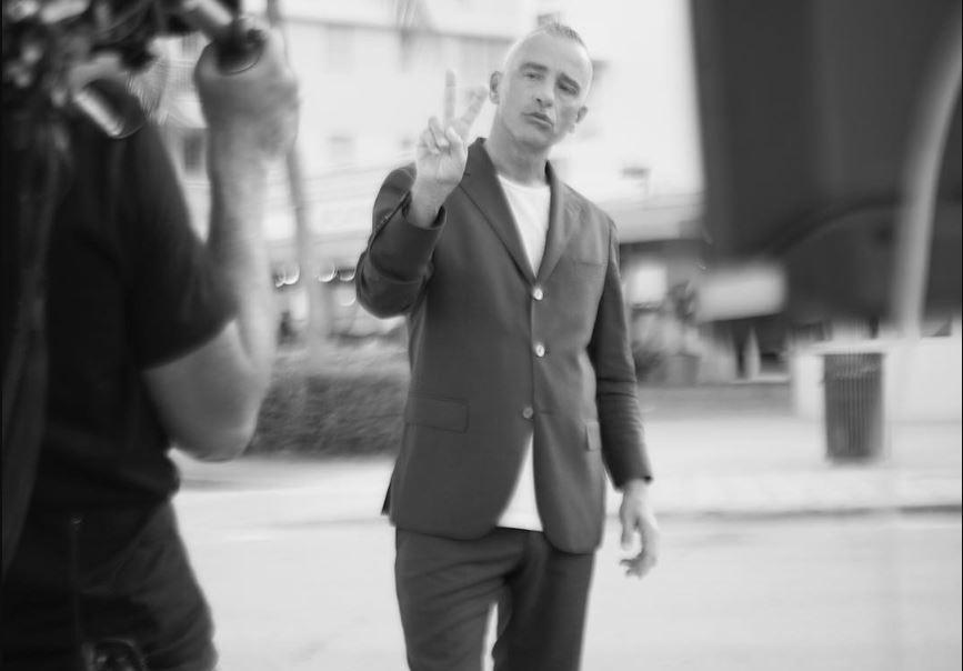Eros Ramazzotti grava clipe em Miami