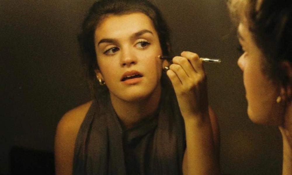 Un Nuevo Lugar é o primeiro single da Amaia Romero