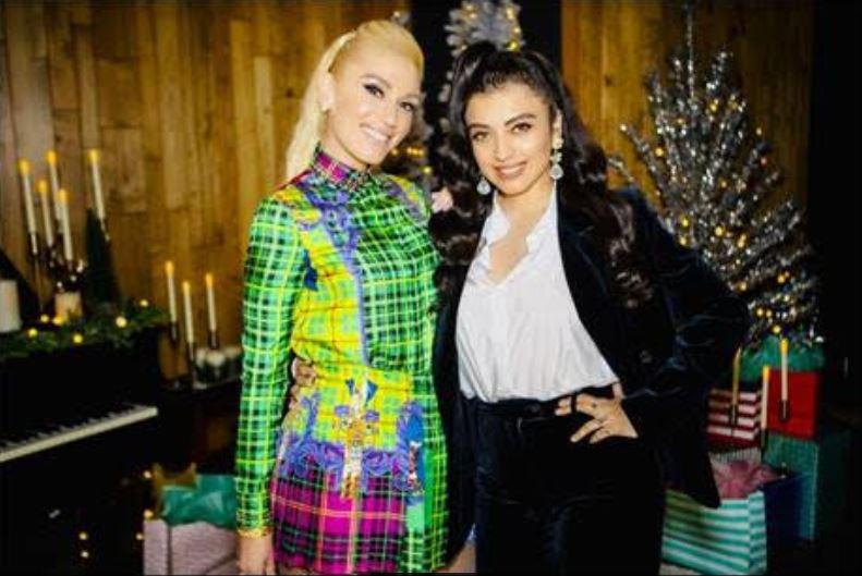 Gwen Stefani e Mon Laferte gravaram Feliz Navidad