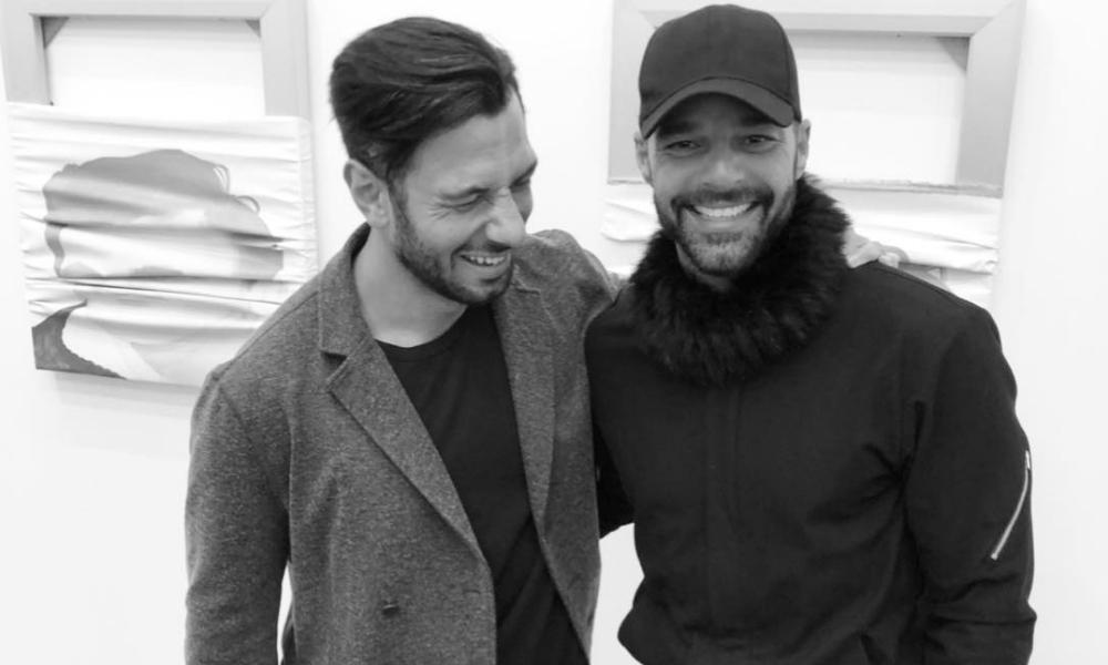 Ricky Martin é papai de novo. Ele e o marido Jwan Yosef apresentaram a bebê Lucía