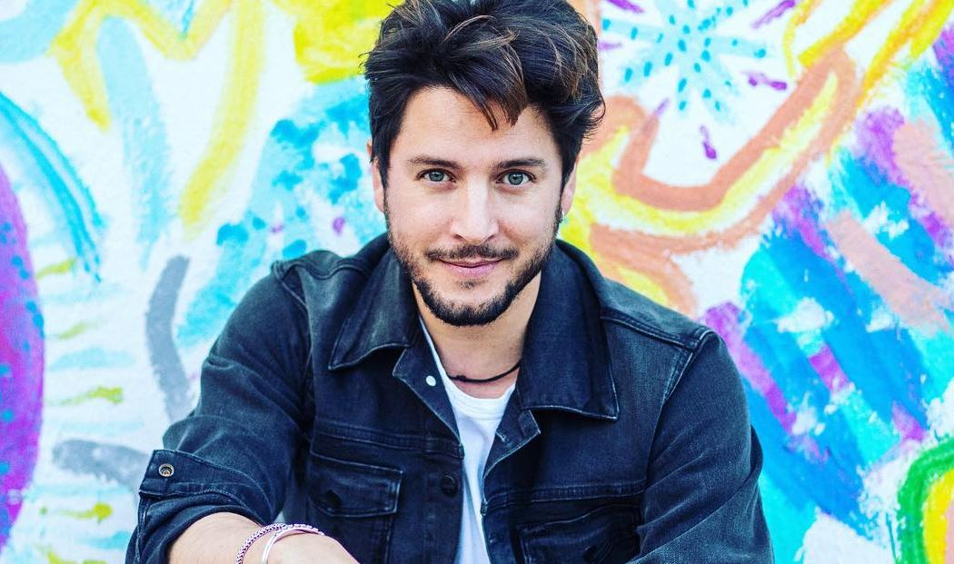 Manuel Carrasco segue a promoção do álbum La Cruz Del Mapa