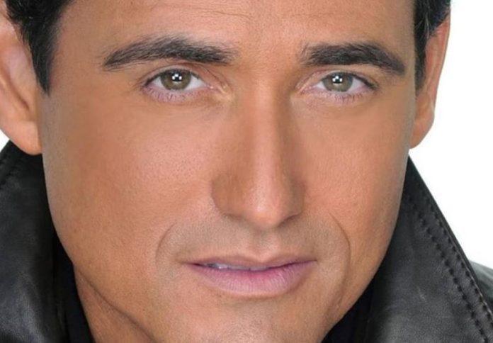 Carlos Marín é integrante do Il Divo