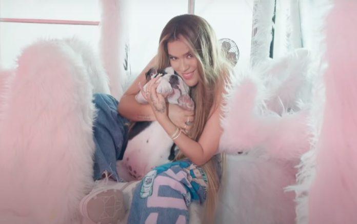Ay Dios Mio é o novo single da Karol G