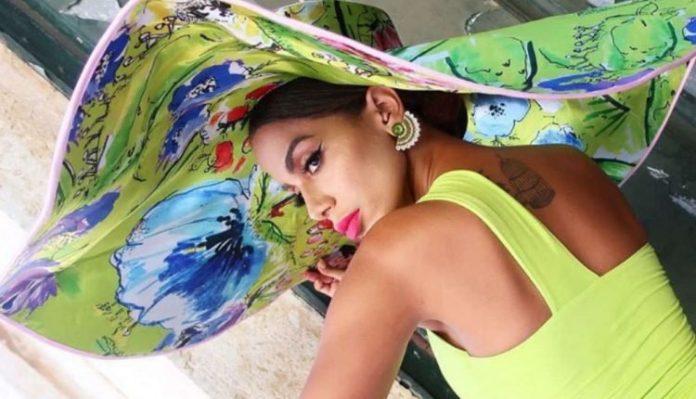 Anitta faz estreia na Hot 100