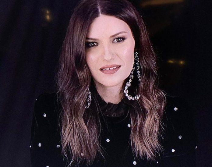 Laura Pausini esteve no Altas Horas