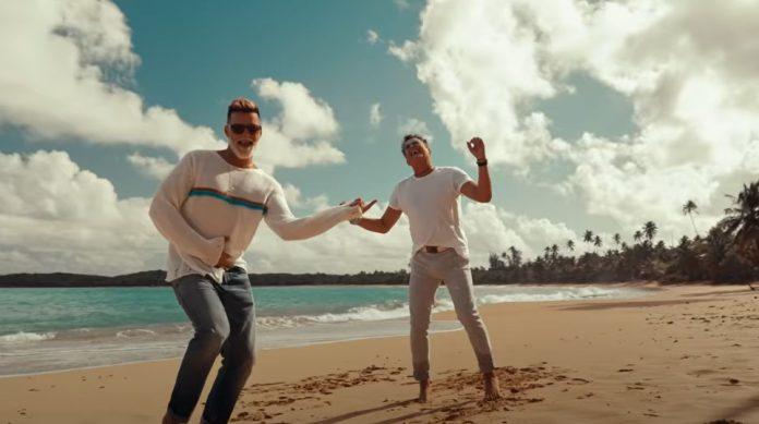 Canción Bonita é a parceria de Carlos Vives e Ricky Martin